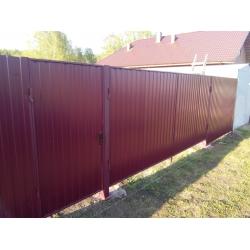 """Забор из профлиста цвет """"Красное вино"""" под """"ключ"""""""