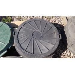 Люк полимер-песчаный для колодца/септика (С-250) 630/750 Черный до 15 тонн